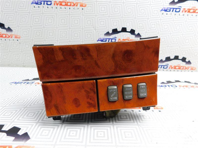 Консоль Toyota Celsior UCF31-0044904 3UZ-FE 2003