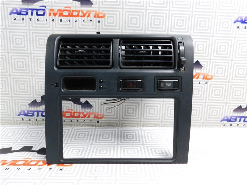 Консоль магнитофона Toyota Corona ST190-0008441 4S-FE 1992