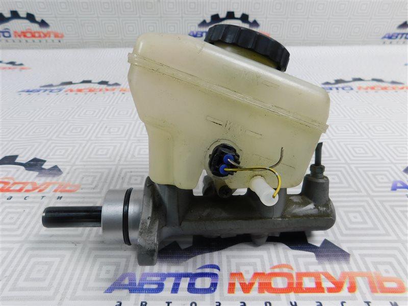 Главный тормозной цилиндр Toyota Celsior UCF31-0044904 3UZ-FE 2003