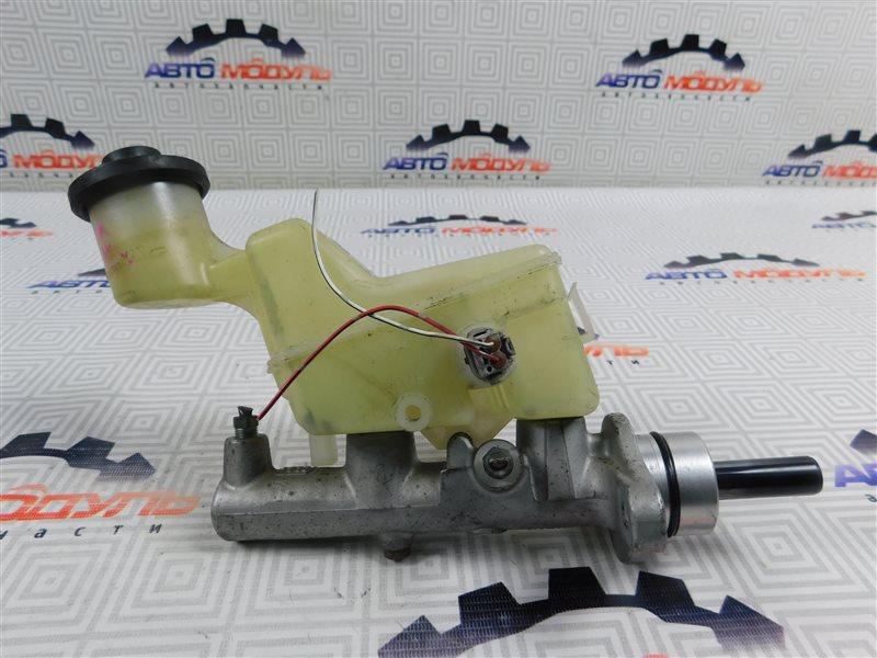 Главный тормозной цилиндр Toyota Premio NZT240-0030197 1NZ-FE 2002
