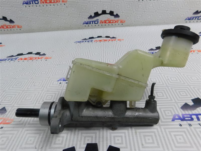 Главный тормозной цилиндр Toyota Premio ZZT240-0063769 1ZZ 2003