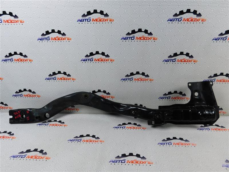 Балка под двс Subaru Forester SG5-064423 EJ205 2004 передняя правая