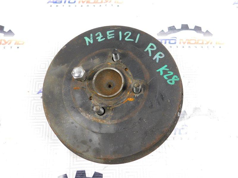Ступица Toyota Corolla Spacio NZE121 задняя правая