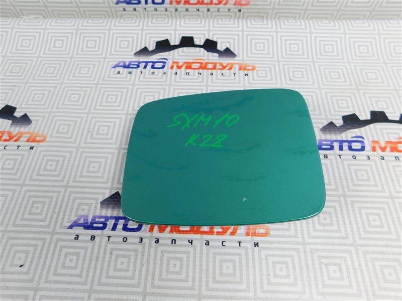 Лючок бензобака Toyota Ipsum SXM10-0072696 3S-FE 1997
