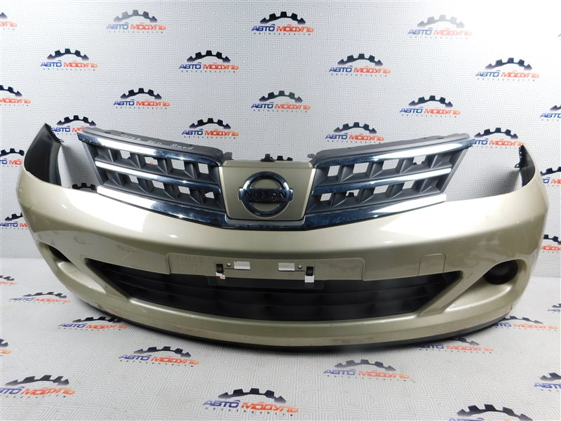 Бампер Nissan Tiida Latio C11 передний