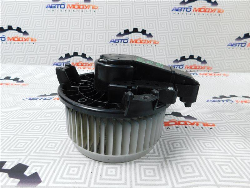 Мотор печки Toyota Voxy ZRR70