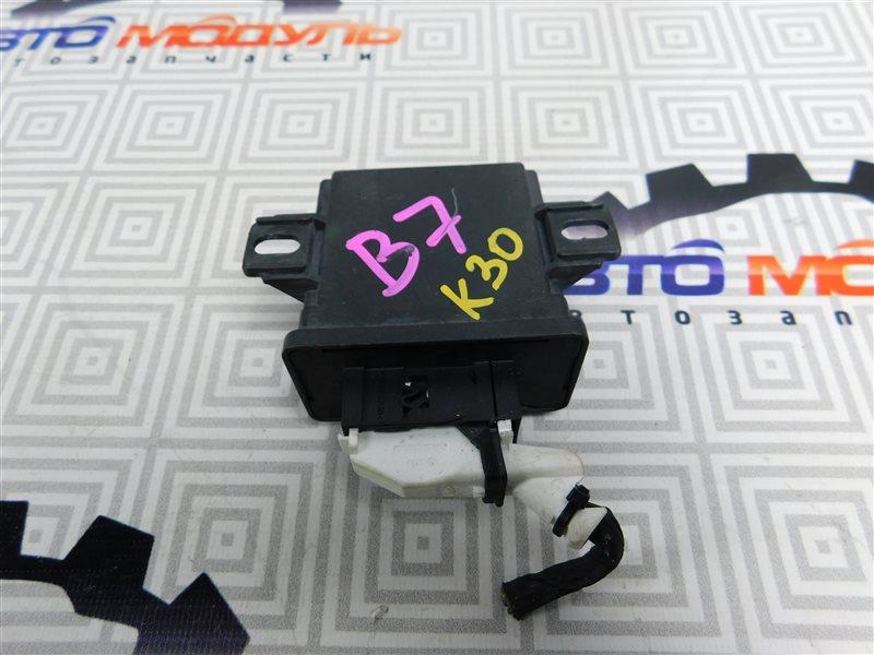Блок управления светом Volkswagen Passat B7 CAX 2011