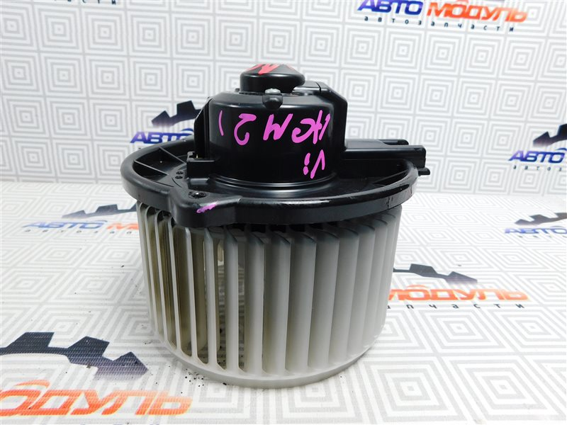 Мотор печки Toyota Ipsum ACM21-0070563 2AZ-FE