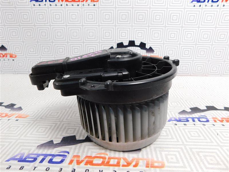 Мотор печки Toyota Aqua NHP10-6102815 1NZ-FXE 2012