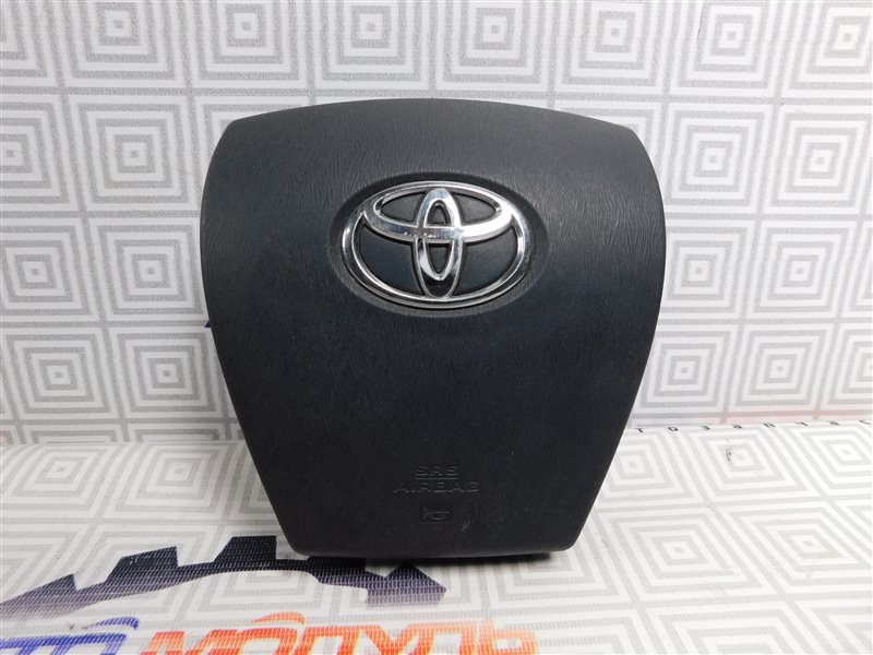 Airbag на руль Toyota Aqua NHP10-6102815 1NZ-FXE 2012