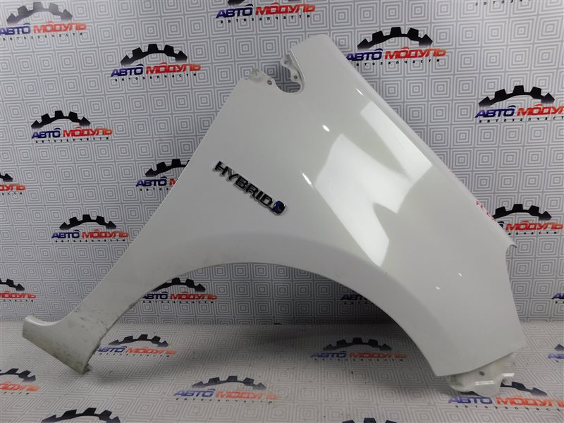 Крыло Toyota Aqua NHP10-6102815 1NZ-FXE 2012 переднее правое