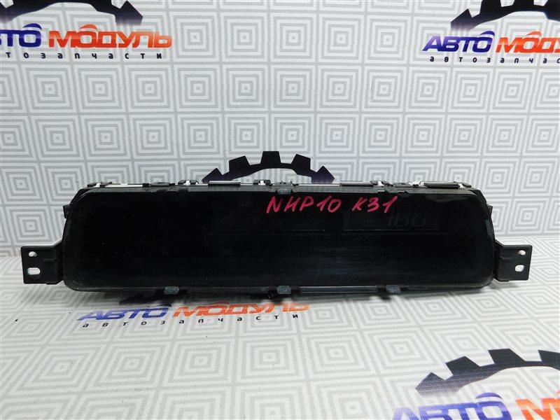 Панель приборов Toyota Aqua NHP10-6102815 1NZ-FXE 2012