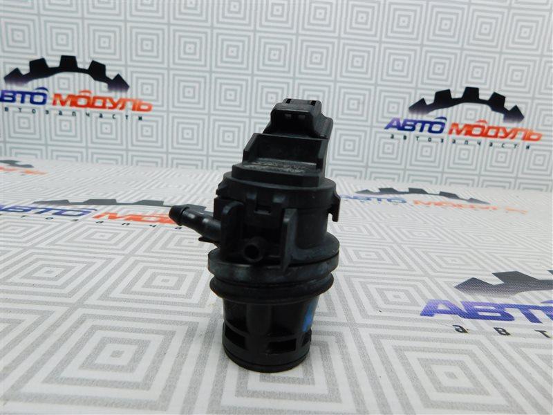 Мотор стеклоомывателя Toyota Aqua NHP10