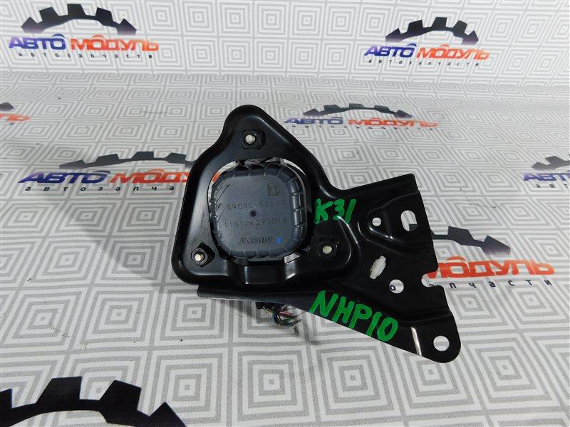 Помпа инвертора Toyota Aqua NHP10-6102815 1NZ-FXE 2012