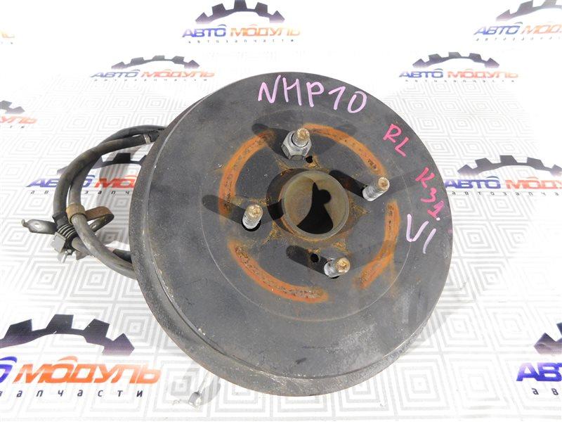 Ступица Toyota Aqua NHP10-6102815 1NZ-FXE 2012 задняя левая