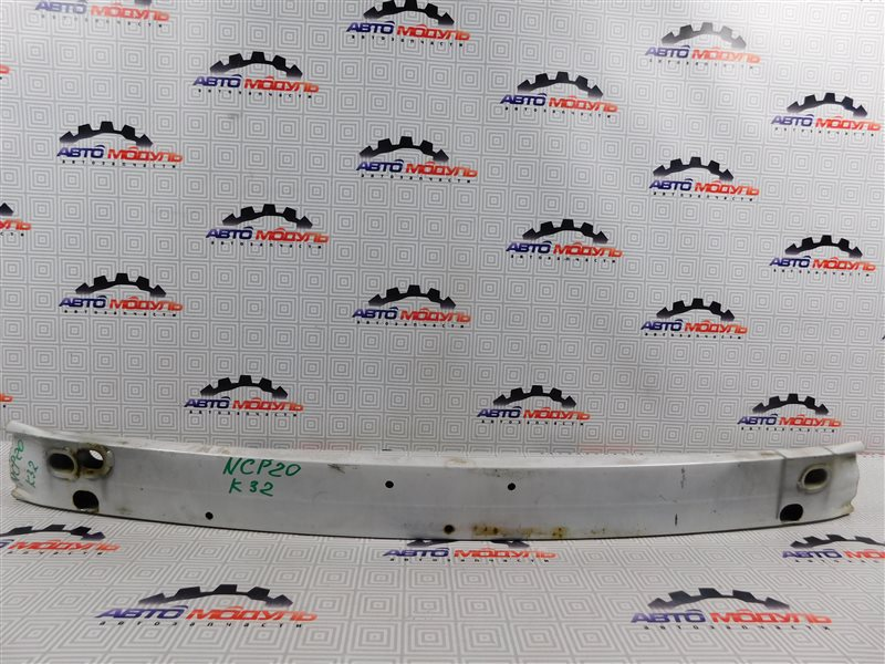 Усилитель бампера Toyota Funcargo NCP20 передний