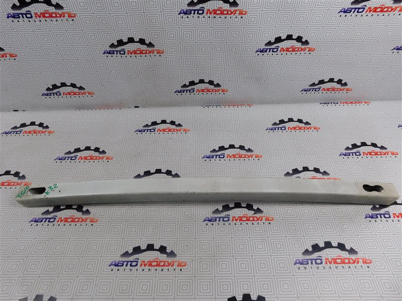 Усилитель бампера Nissan Bluebird Sylphy QG10 передний