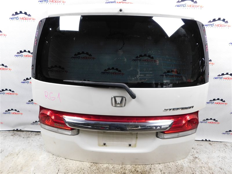 Дверь 5-я Honda Step Wagon RG1 K20A задняя