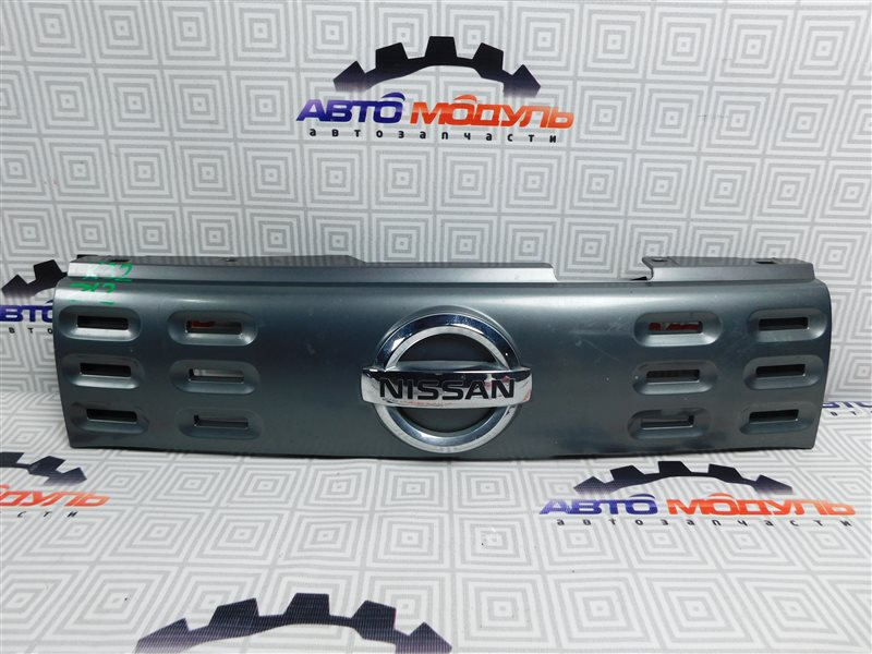 Решетка радиатора Nissan Cube Z12