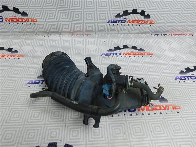 Патрубок воздушн.фильтра Toyota Sai AZK10-2010787 2AZ-FXE 2010