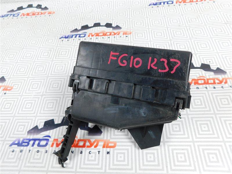 Блок предохранителей Nissan Bluebird Sylphy FG10-126091 QG15 2003 правый