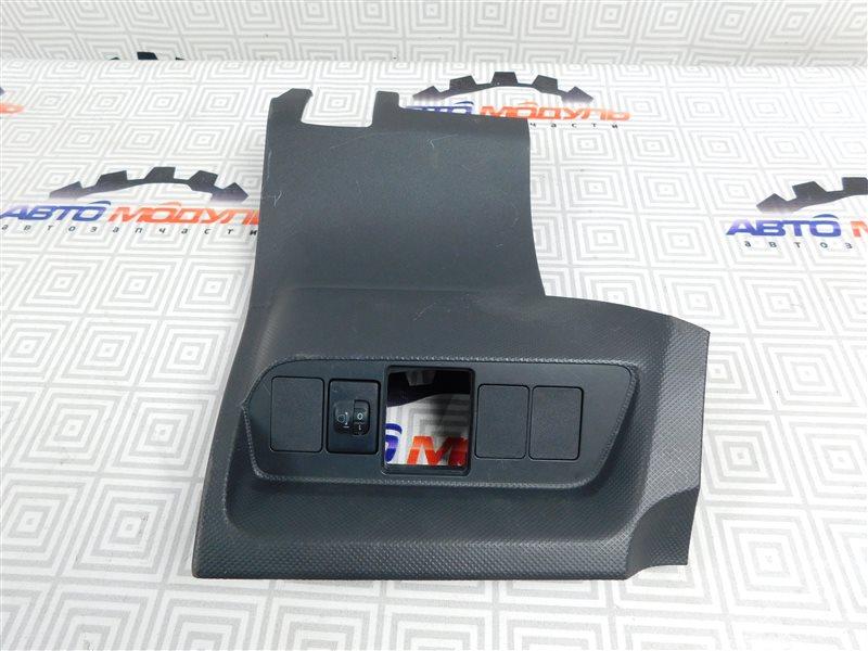 Консоль Toyota Auris NZE151-1052312 1NZ-FE 2008