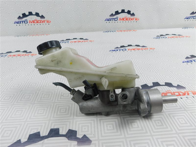 Главный тормозной цилиндр Toyota Avensis AZT250-0040599 1AZ-FSE 2007