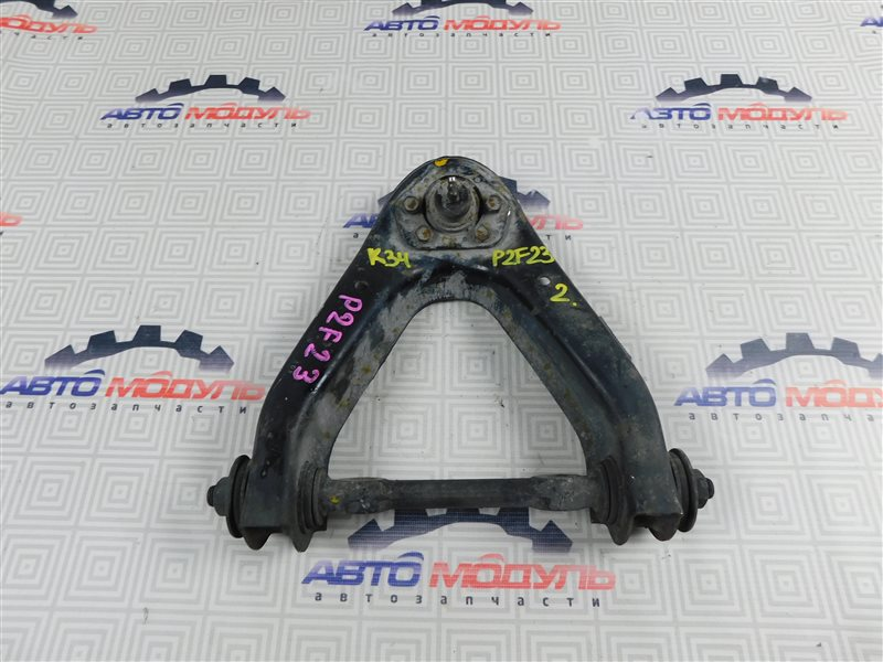 Рычаг Nissan Atlas P2F23-057113 TD27 2001 передний правый верхний