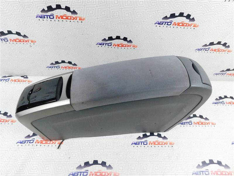Подлокотник Toyota Prius NHW20-0067499 1NZ-FXE 2004