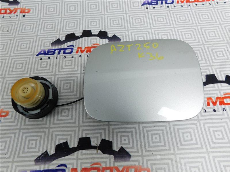 Лючок бензобака Toyota Avensis AZT250-0014000 1AZ-FSE 2004
