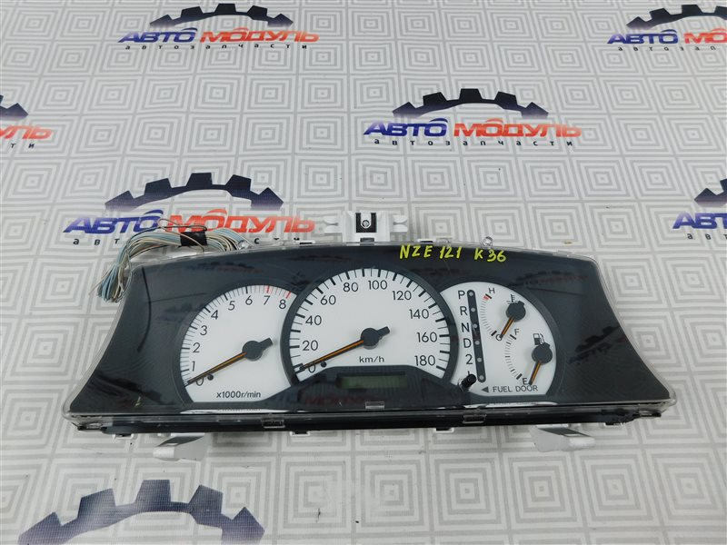 Панель приборов Toyota Corolla Runx NZE121-5020454 1NZ-FE 2002