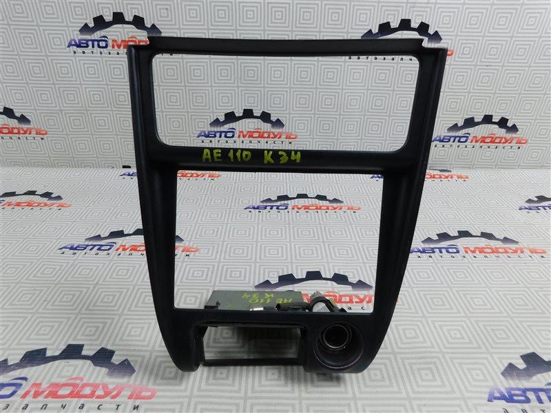 Консоль магнитофона Toyota Sprinter AE110-7010805 5A-FE 1996