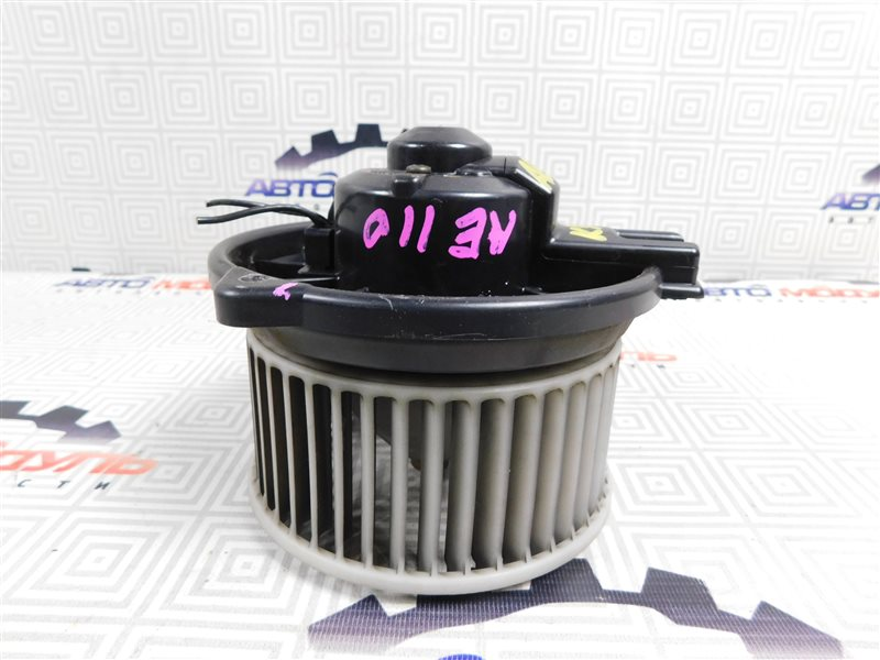 Мотор печки Toyota Sprinter AE110-7010805 5A-FE 1996