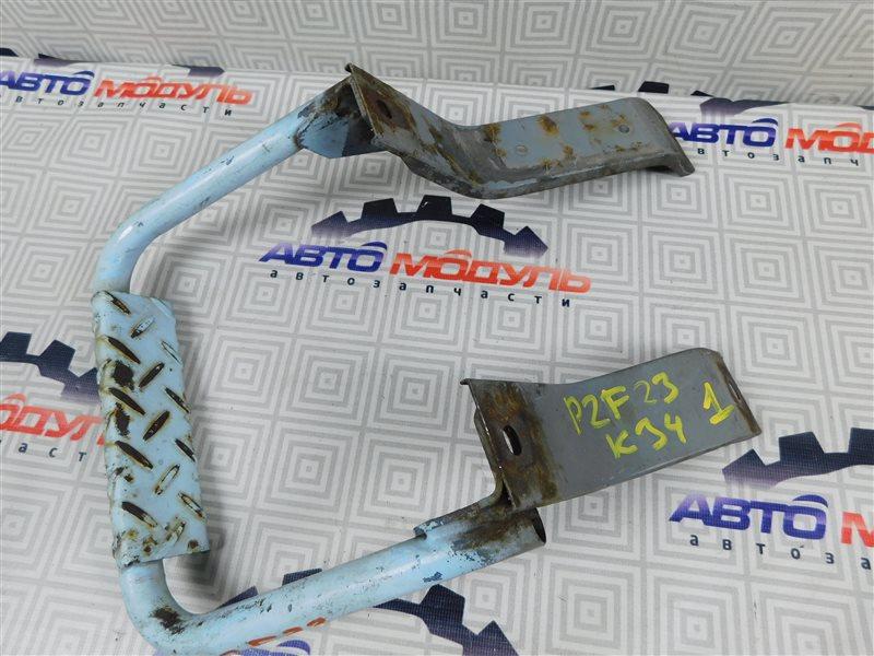 Подножка Nissan Atlas P2F23-057113 TD27 2001 задняя левая