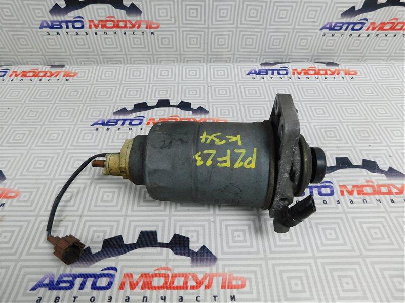 Фильтр топливный Nissan Atlas P2F23-057113 TD27 2001