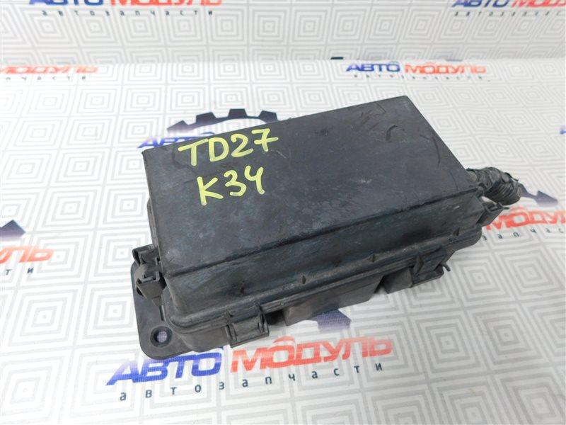 Блок предохранителей Nissan Atlas P2F23-057113 TD27 2001