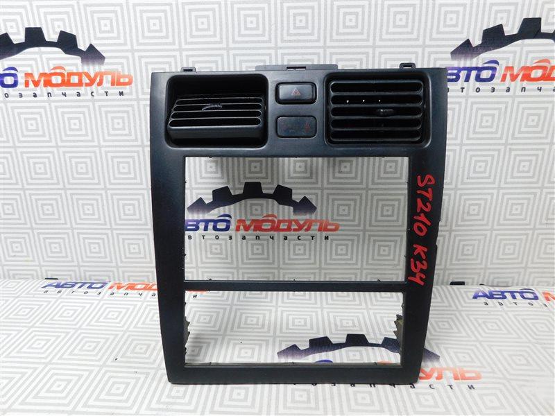 Консоль магнитофона Toyota Caldina ST210-4002125 3S-FE 1997