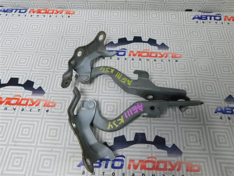 Петля капота Toyota Corolla Spacio AE111-6120547 4A-FE 1999