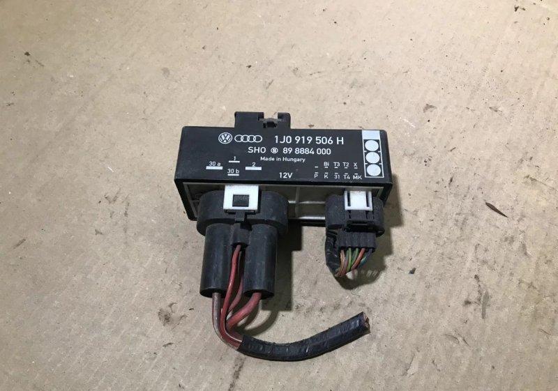 Блок управления вентилятором Volkswagen Golf 4 1997 (б/у)