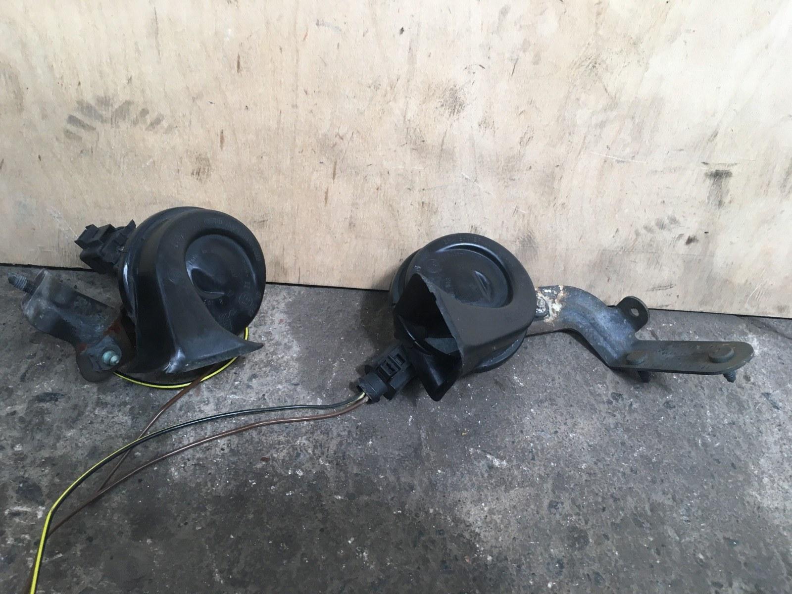 Сигналы звуковые комплект Volkswagen Passat B5+ 2000 (б/у)
