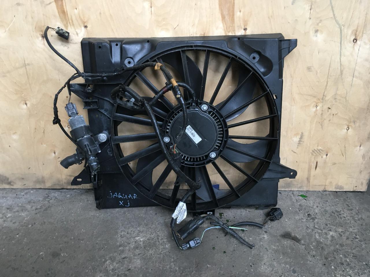 Диффузор с вентилятором Jaguar XJ X350 2003 (б/у)