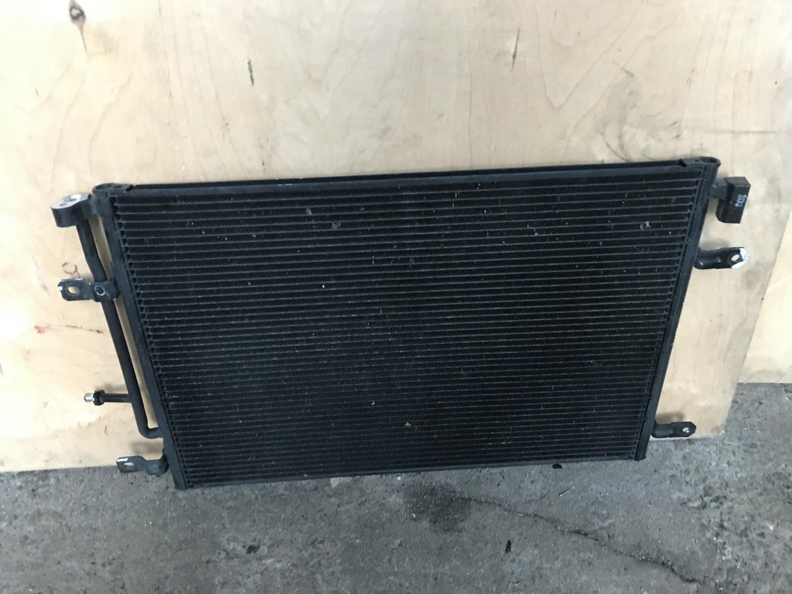 Радиатор кондиционера Audi A4 B7 2005 (б/у)