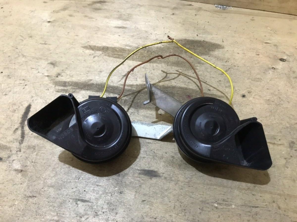 Сигналы звуковые комплект Audi A4 B7 2005 (б/у)