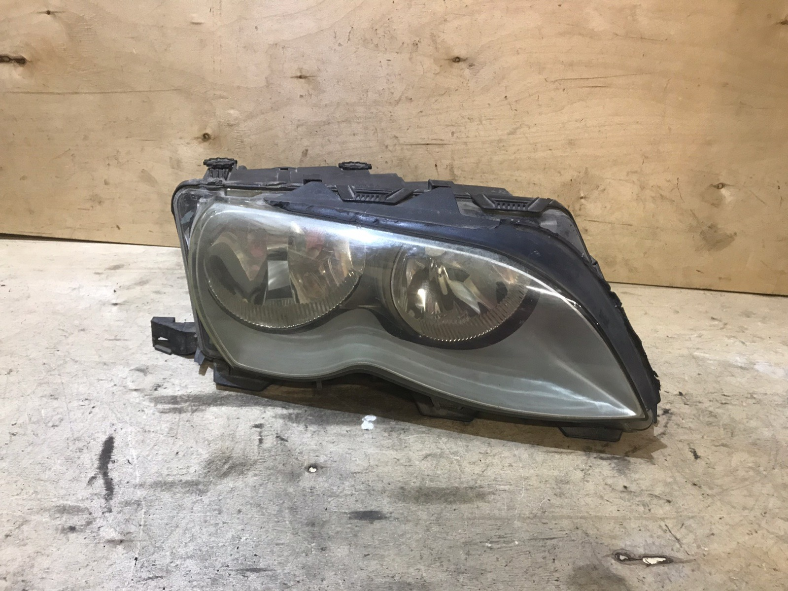 Фара BMW 3-series E46 2001 правая (б/у)