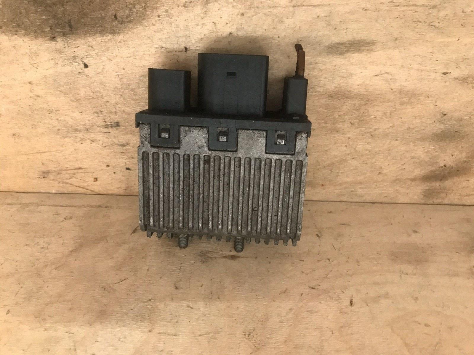 Блок управления вентилятором Volkswagen Passat B5 1996 (б/у)