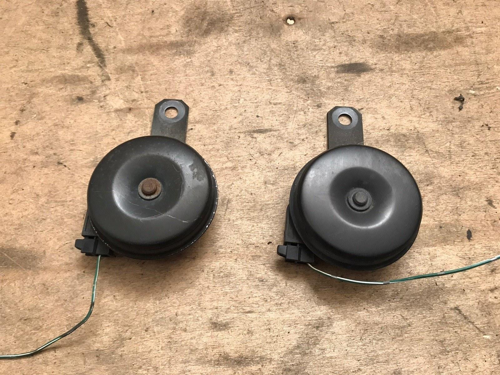 Сигналы звуковые комплект Toyota Mark 2 100 (б/у)