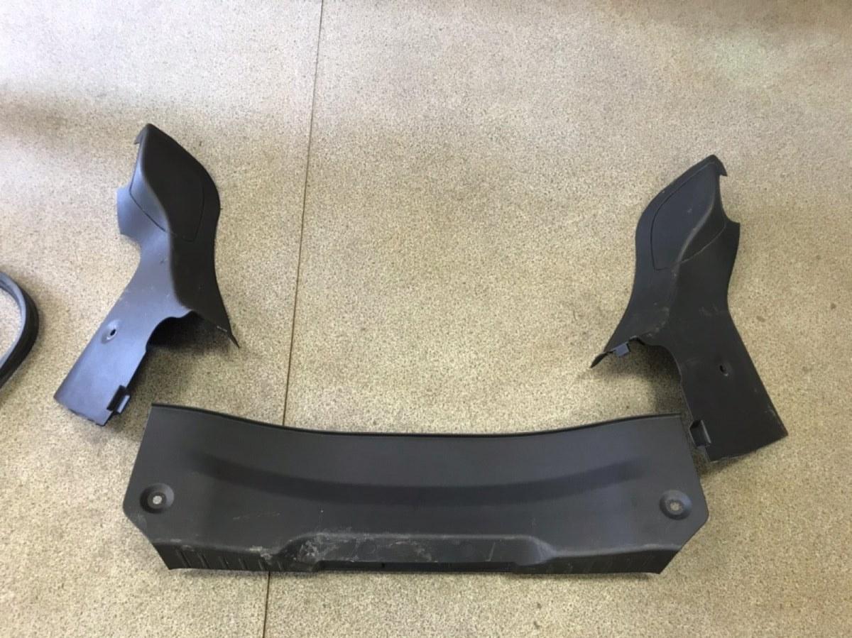 Пластик багажного отделения Ford Focus 3 СЕДАН 2011 (б/у)
