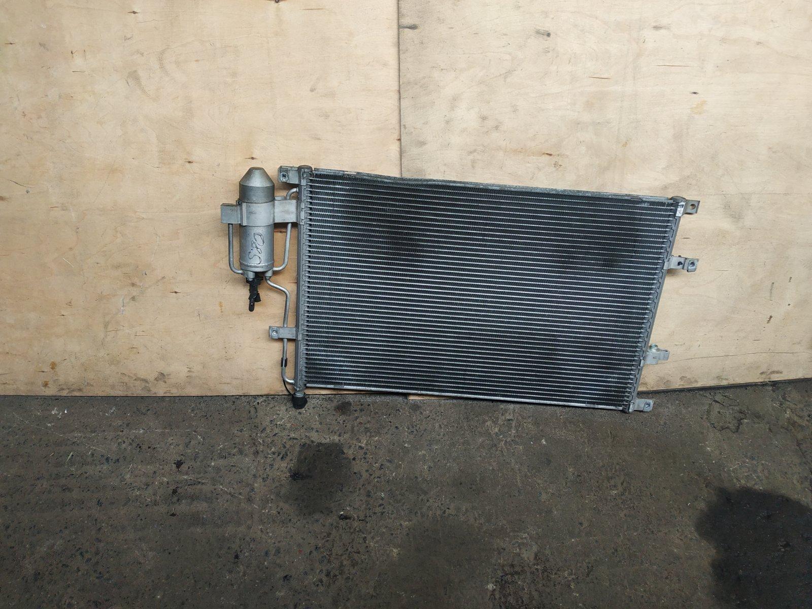 Радиатор кондиционера Volvo S80 1998 (б/у)
