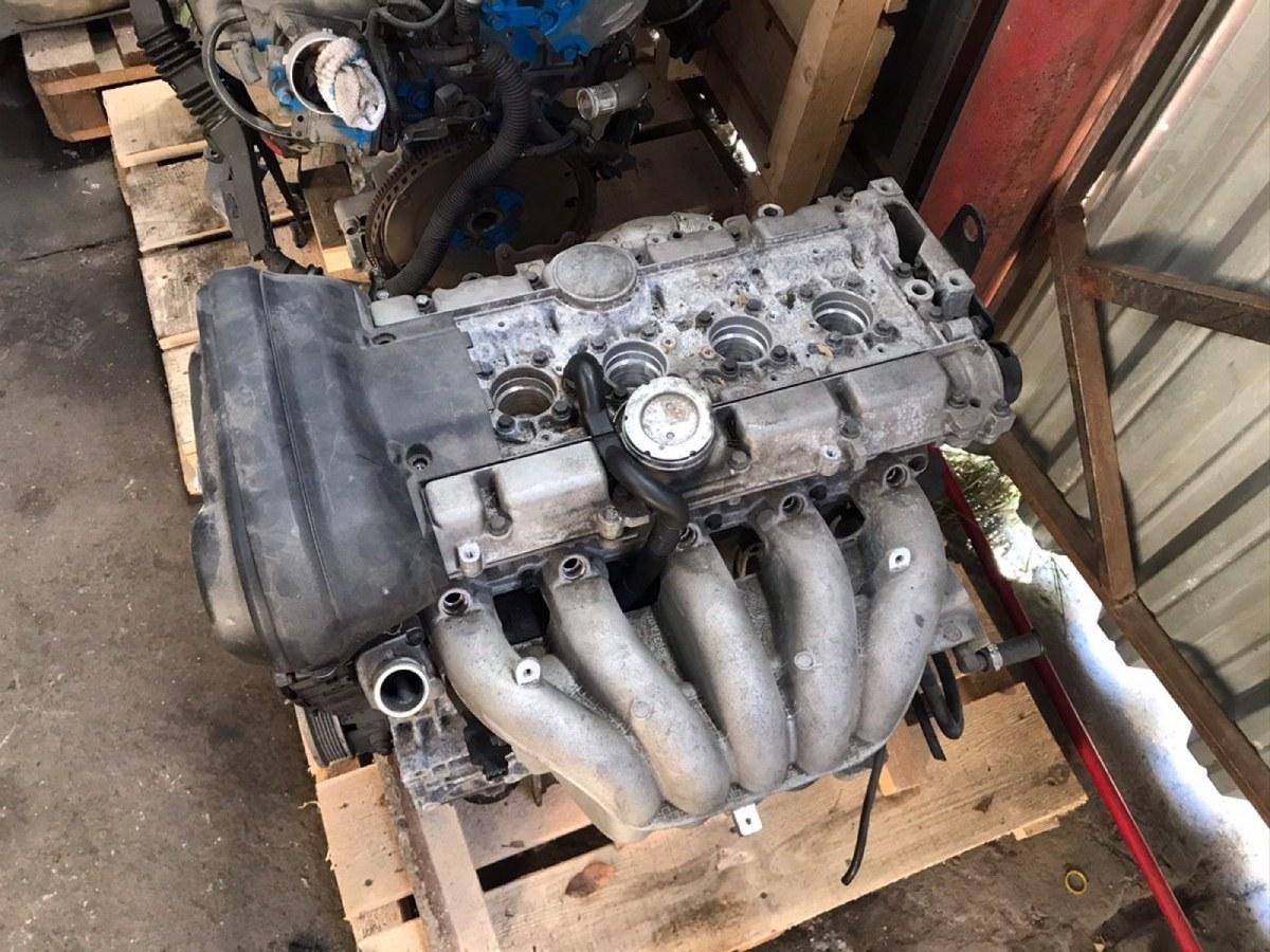 Двигатель Volvo S60 B5244S 2000 (б/у)