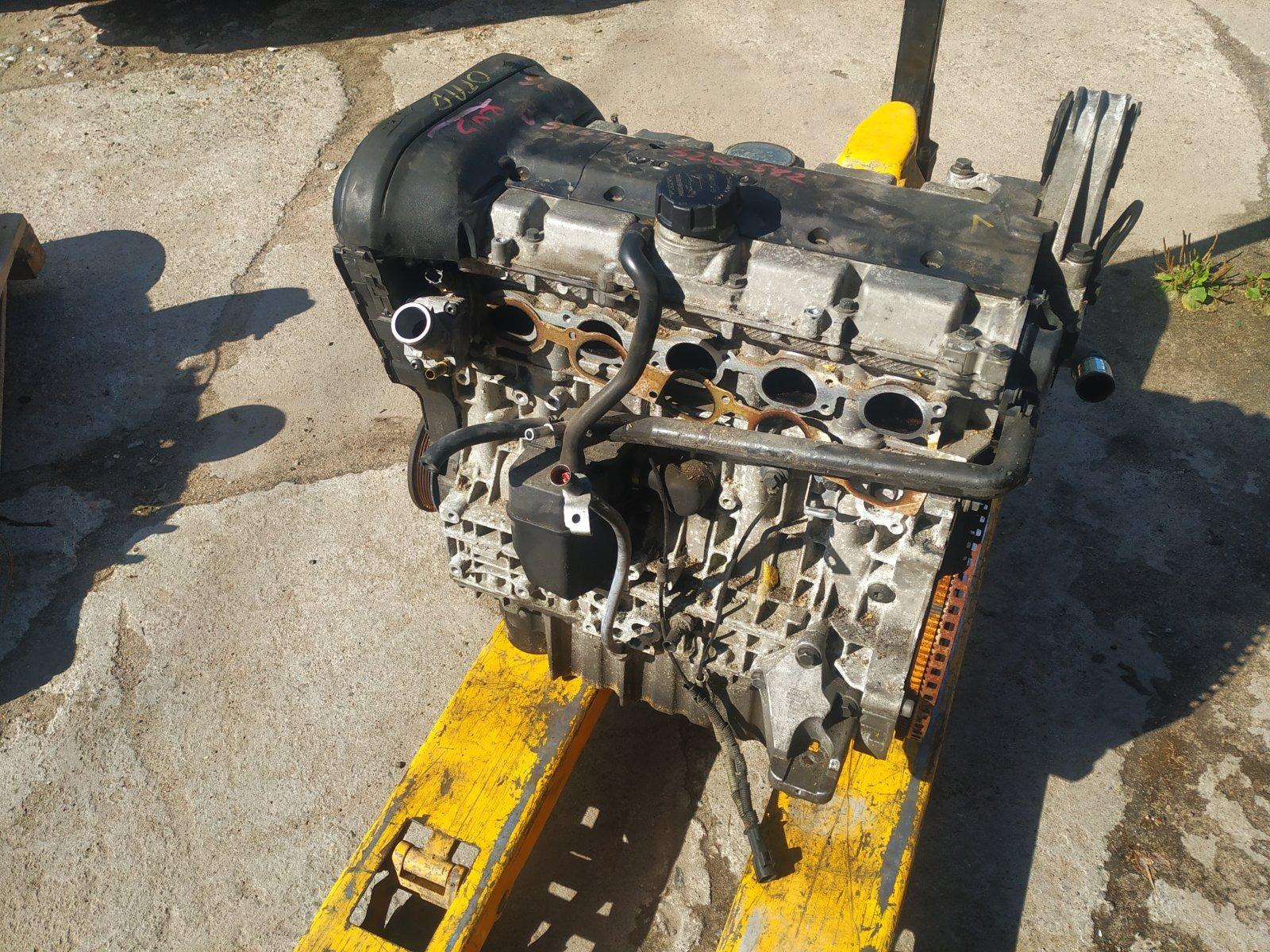 Двигатель Volvo XC90 B5254T 2002 (б/у)